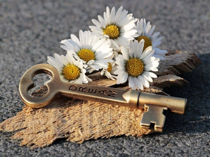 A key engraved with