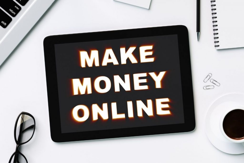 black tablet with the words make money online